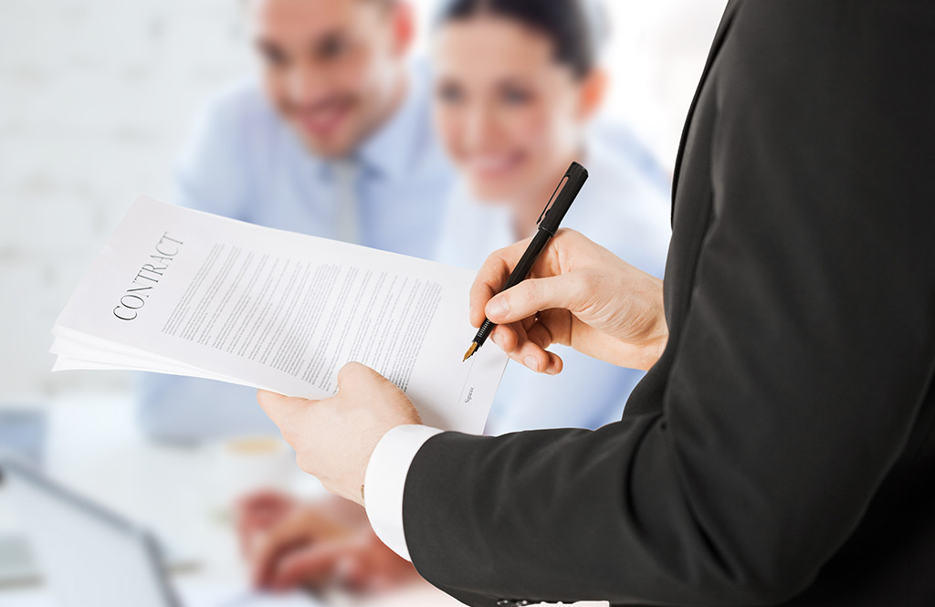 legal contract Create your free construction contract agreement in minutes a construction contract agreement is a written document between a property owner and a general contractor.